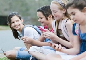 Texting Addiction: Know if your child is addicted.