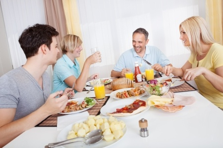 social value of family meals Aesthetic beliefs and values sustaining the family as a social unit in ancient greece, for example, oikos (family) was stipulated as those who feed together smaller nuclear family meals, the entire family eats at the same time (izquierdo, 2001.